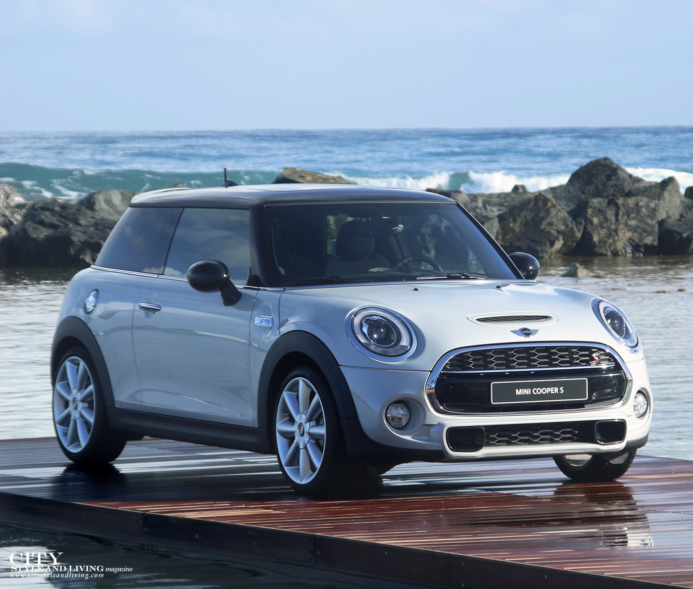 City Style and Living Magazine Mini Cooper S 2014 in Puerto Rico Beach on water