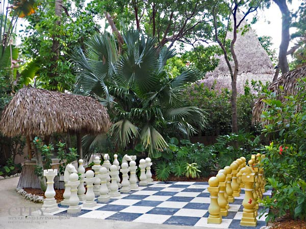 Little-Palm-Island-Chess-Set