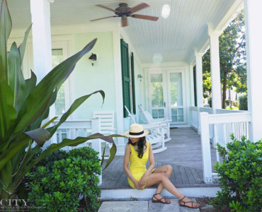 What to Wear to Sunset Key Guest Cottages