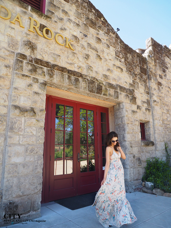 City Style and Living Magazine Soda Rock Winery Healdsburg style blogger wearing billabong