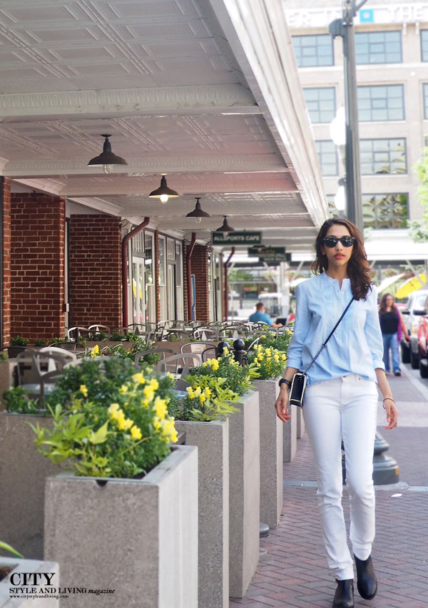 City Style and Living Magazine Downtown Roanoke Paige denim fashion blogger
