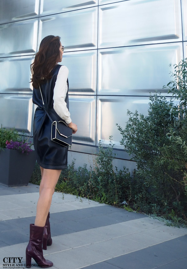 Modern 1990's black and white overall dress style blogger calgary fashion