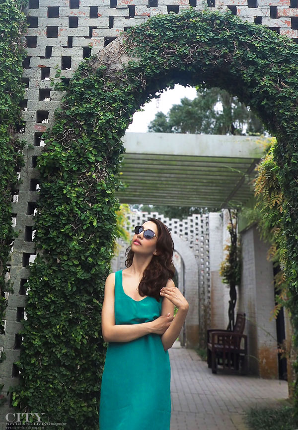 City style and living magazine style fashion blogger myrtle beach brookgreen gardens style blogger archway