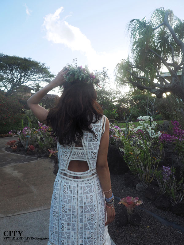 City style and living magazine style fashion blogger Kauai Rebecca taylor lace dress close