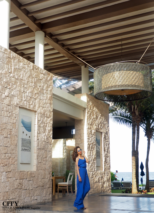 City style and living magazine style fashion blogger Riviera maya banyan tree mayakoba blue jumpsuit