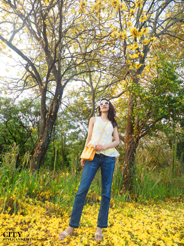City style and living magazine style fashion blogger Kauai Rebecca taylor peplum yellow