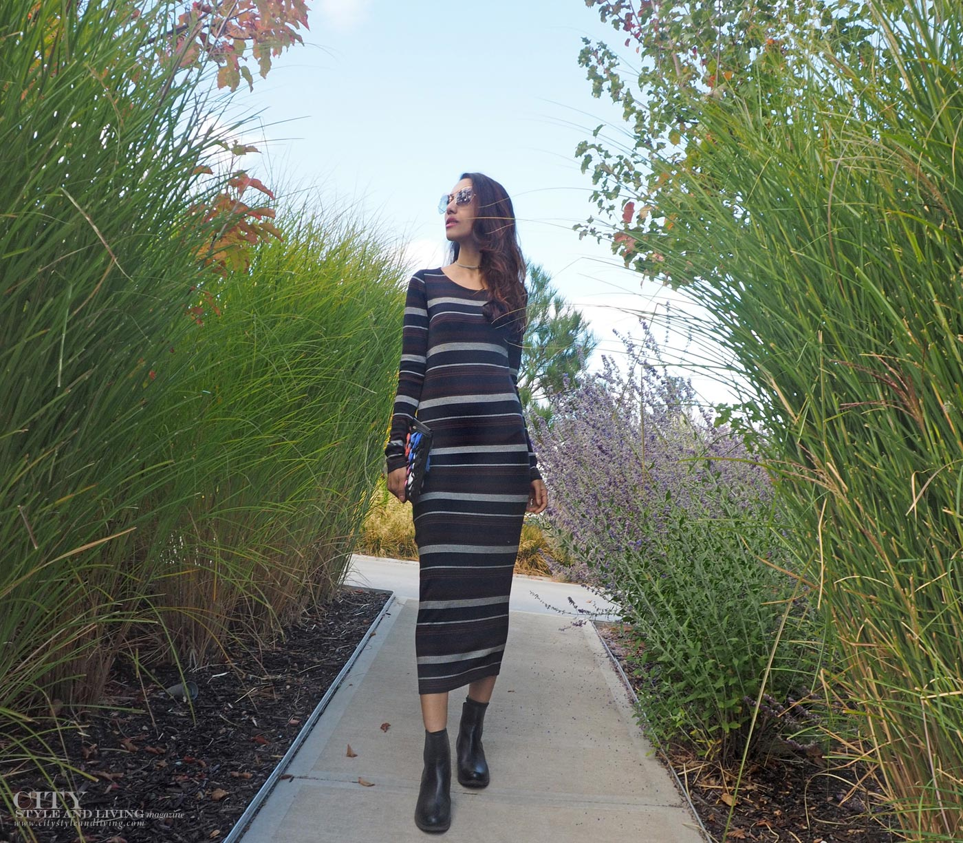The Editors Notebook style blogger at Culmina family estate winery carbernet stripe maxi dress, tous purse and chelsesa boots