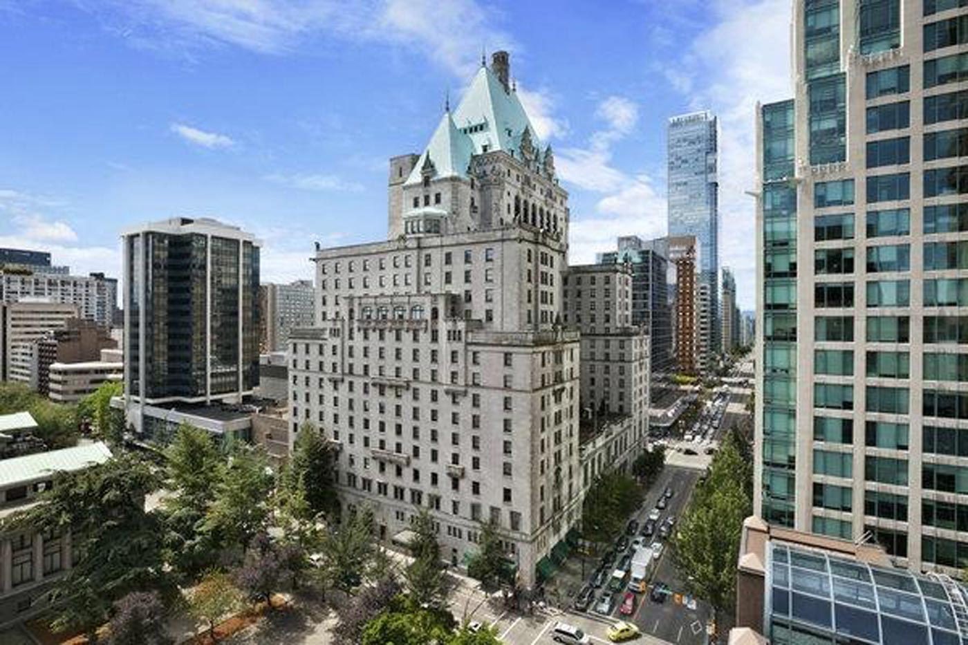 City Style and Living Magazine Exterior of fairmont hotel vancouver