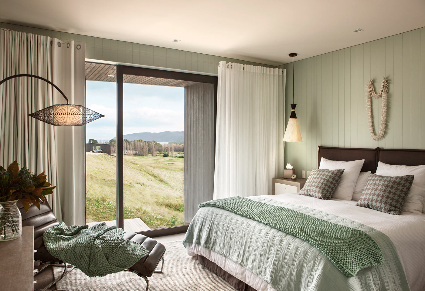 City Style and Living Magazine Luxury Hotel Kinloch Club New Zealand interior of villa