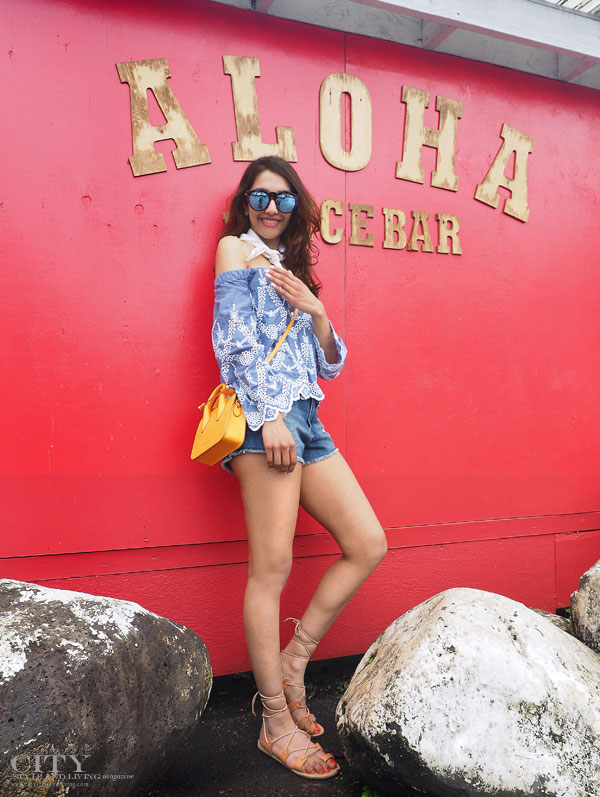 City style and living magazine style fashion blogger Kauai off shoulder top strathberry nano