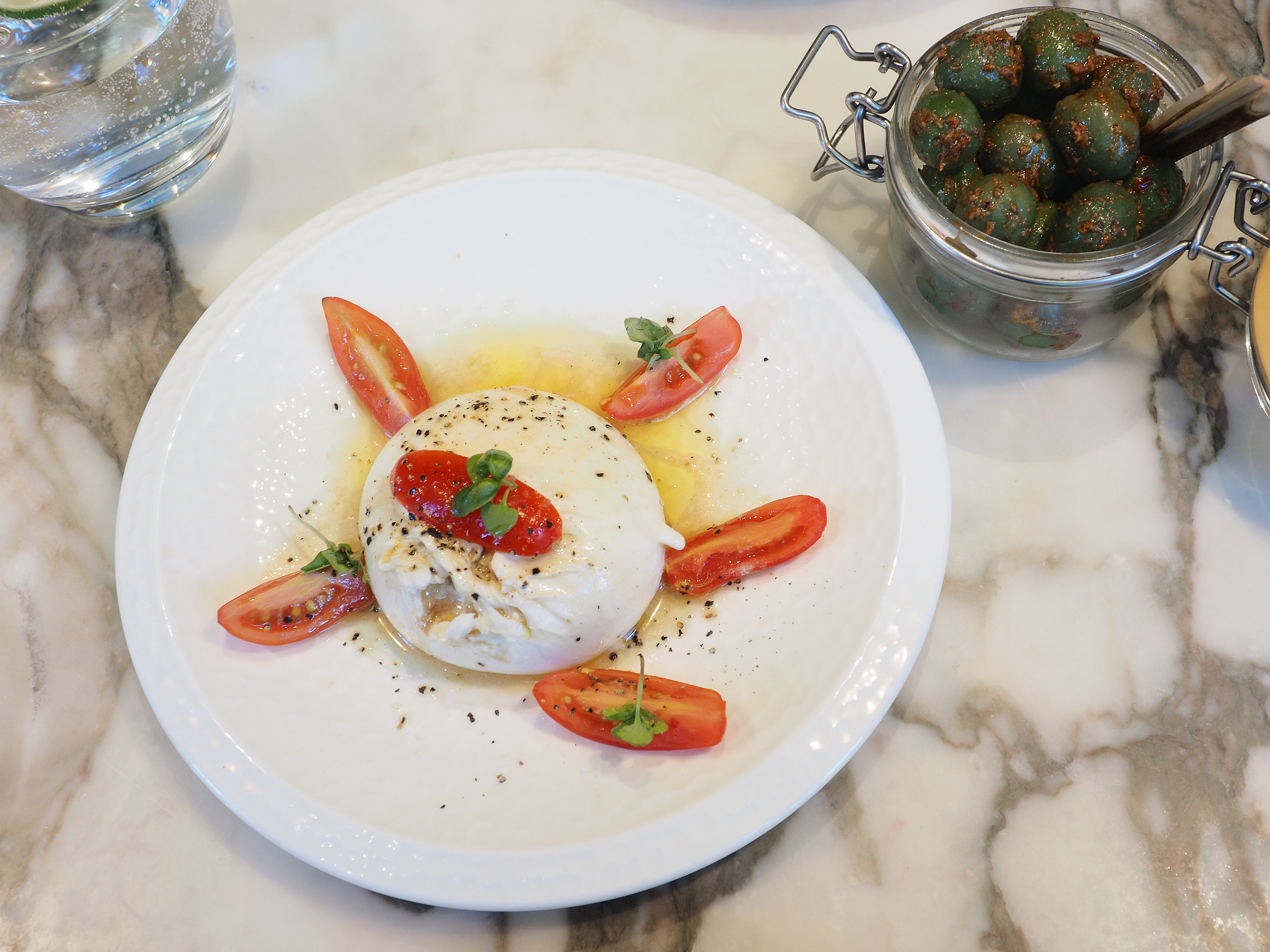 OLYMPUS DIGITALCity Style and Living Magazine Summer 2019 products we love galbani fresh mozzarella