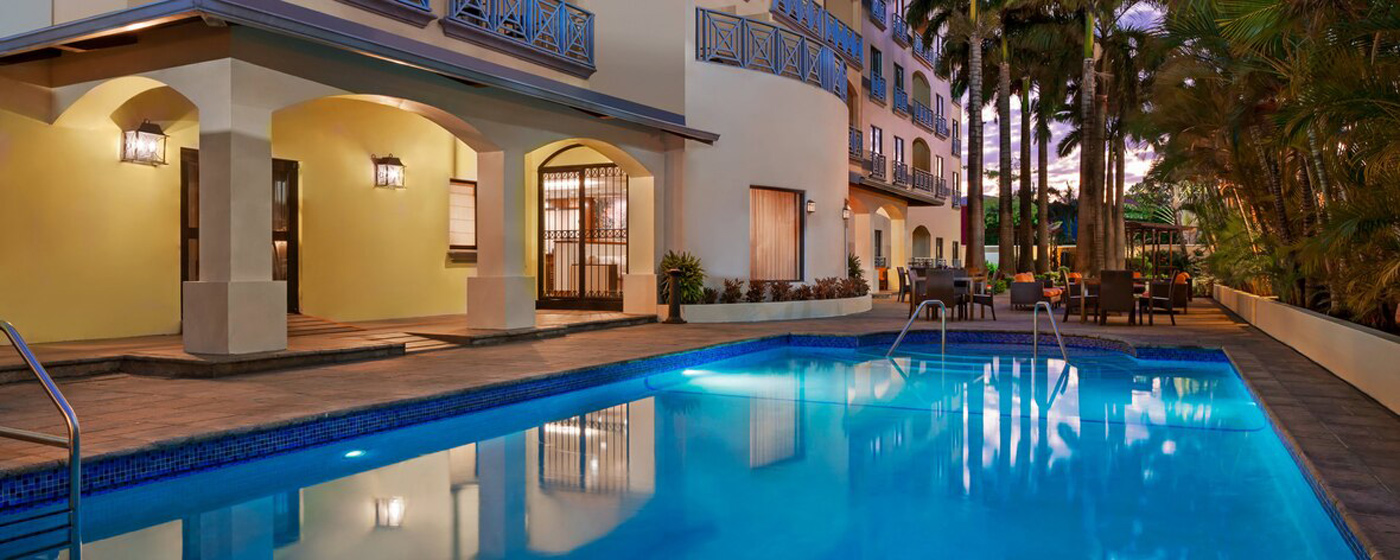 City Style and Living Magazine Winter 2019 Courtyard By Marriott Port Of Spain Trinidad and Tobago pool
