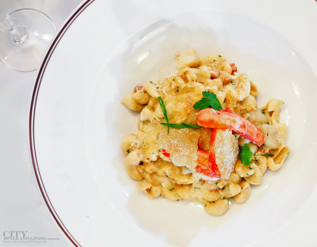 City Style and Living Magazine spring 2020 Eat More fish Lobster Macaroni